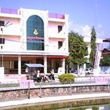 Golden Palace Hotel in Batdambang