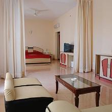 Golden Park Hotel & Resort in Kachu Pukur