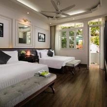 Golden Rooster Hotel in Hanoi
