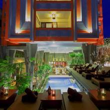 Golden Temple Boutique in Siemreab
