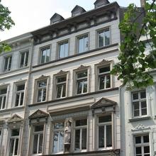 Goldener Schlüssel in Dusseldorf