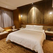 Gondola Taikoo Hotel in Guangzhou