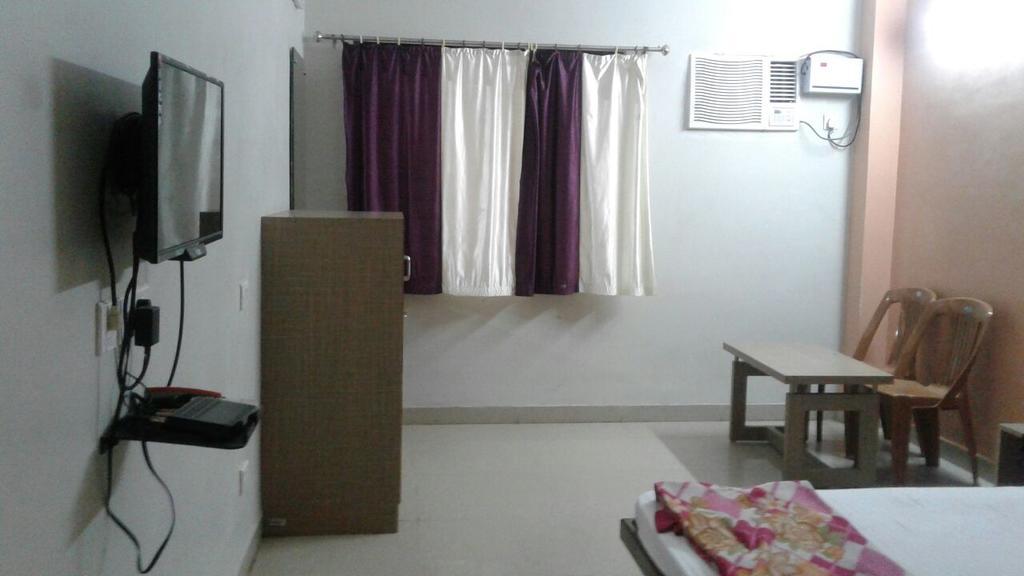 Goroomgo 02 Mandir Residency Puri in Puri
