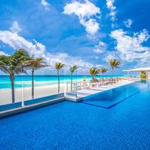 Gran Caribe All Inclusive - Panama Jack Resorts Cancun in Isla Mujeres