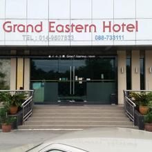 Oyo 371 Grand Eastern Hotel in Kota Kinabalu