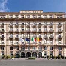 Grand Hotel Santa Lucia in Napoli