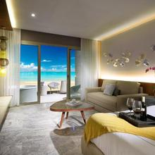 Grand Palladium Costa Mujeres Resort & Spa - All Inclusive in Isla Mujeres
