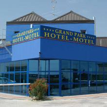 Grand Park Hotel Motel in Corno Giovine