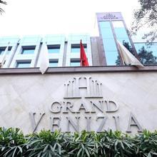 Grand Venizia Delhi By 1589 Hotels in New Delhi