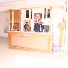 Grande Hotel in Dera Bassi