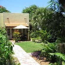 Grandview Gardens Bed & Breakfast in West Palm Beach