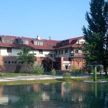 Grante Hotel in Dobogoko
