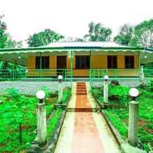 Green Escape in Udumbanshola