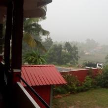 Green Villa in Ammatti