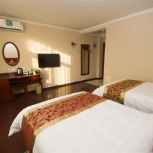 GreenTree Inn JiangSu Changzhou Lijia Town Wujin Road Business Hotel in Minghuang