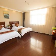 Greentree Inn Jiangsu Suzhou Guanqian Jingde Road Express Hotel in Suzhou