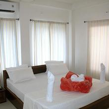 Oyo 12751 Greenwood Hotel in Baghdogra