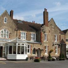 Hamlets Hotel and Restaurant in Wrotham