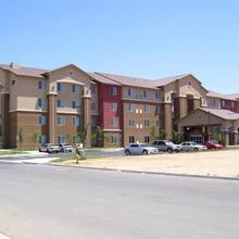 Hampton Inn And Suites Bakersfield North-airport in Bakersfield