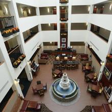 Hampton Inn & Suites By Hilton - Rockville Centre in Wantagh