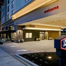 Hampton Inn & Suites By Hilton Seattle/northgate in Seattle
