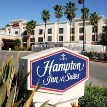 Hampton Inn & Suites Chino Hills in La Verne