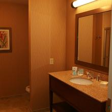Hampton Inn & Suites Fort Worth/Forest Hill in Fort Worth