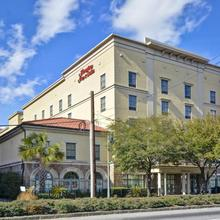 Hampton Inn & Suites Savannah Historic District in Savannah