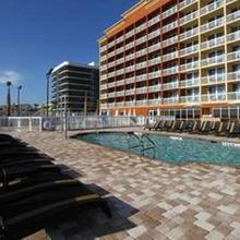 Hampton Inn Daytona Beach/beachfront in Daytona Beach