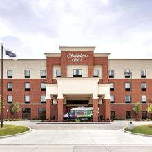 Hampton Inn Detroit/southgate in Dearborn