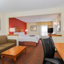 Hampton Inn St. Louis/fairview Heights in O'fallon