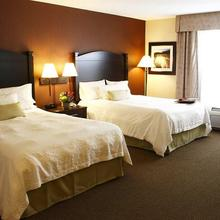 Hampton Inn & Suites by Hilton Moncton in Moncton