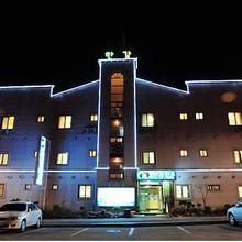 Hangang Park Motel in Yangyang