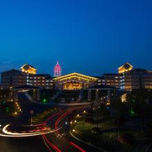 Hangzhou Blossom Water Museum Hotel in Hangzhou