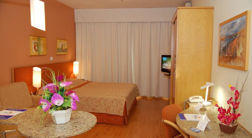 Harbor Regent Suites in Porto Alegre
