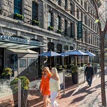 Harborside Inn in Boston