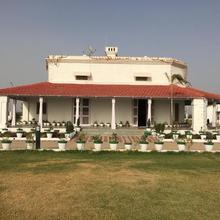 Hardik Nature Resort in Jhansi
