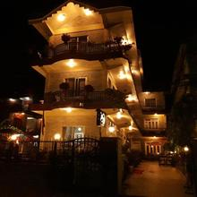 265 - Cheap Hotels in Pokhara @ ₹793 & discount upto 32% | Compare