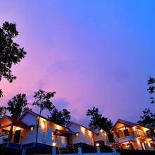 Heaven Valley Resorts in Pirmed