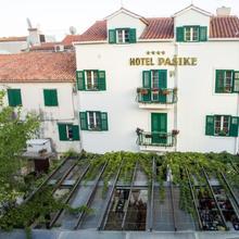Heritage Hotel Pasike in Trogir