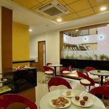 Hi 5 Hotel & Experience in Nashik