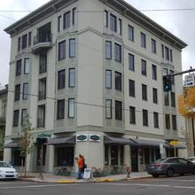 Hi - Portland Northwest Hostel in Portland