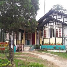 Hideaway Heritage (deluxe Room) in Shillong