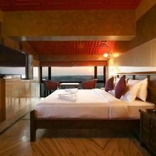 Hill Top Luxury Villa - 3 Bhk    North Goa in Verla