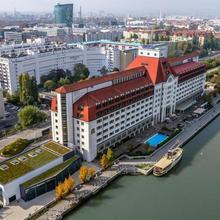 Hilton Vienna Danube Waterfront in Vienna
