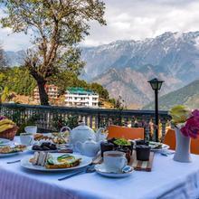 Himgiri Resorts N Spa in Dharamshala