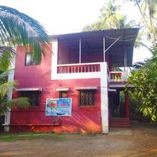 Hirval Cottage in Satirje