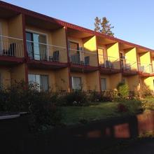 Holiday House Motel in Nanaimo
