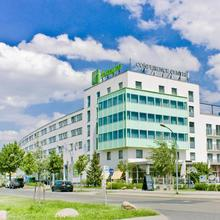 Holiday Inn Berlin Airport - Conference Centre in Berlin