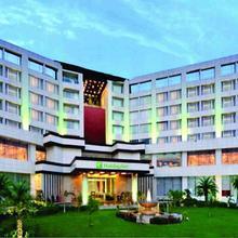 Holiday Inn Chandigarh Panchkula in Pinjaur